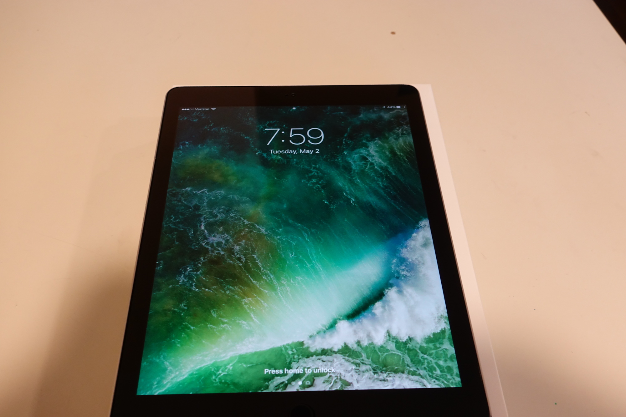 sold ipad pro 9 7 cellular 128gb fm forums. Black Bedroom Furniture Sets. Home Design Ideas