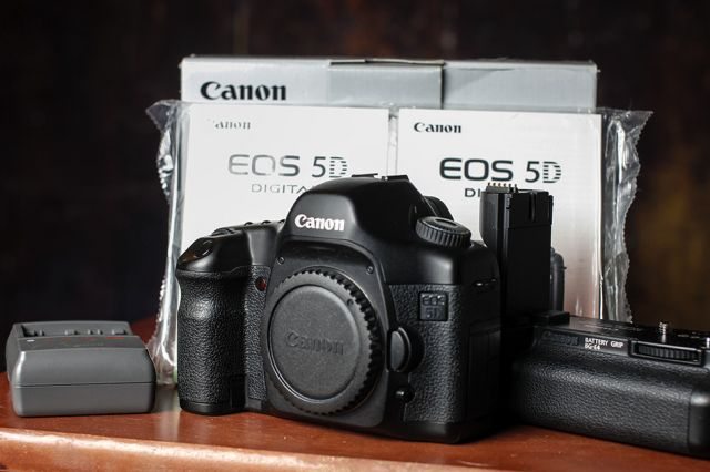 Canon 5d Mark ii Serial Number Canon Eos 5d Mark ii 50mm Lens
