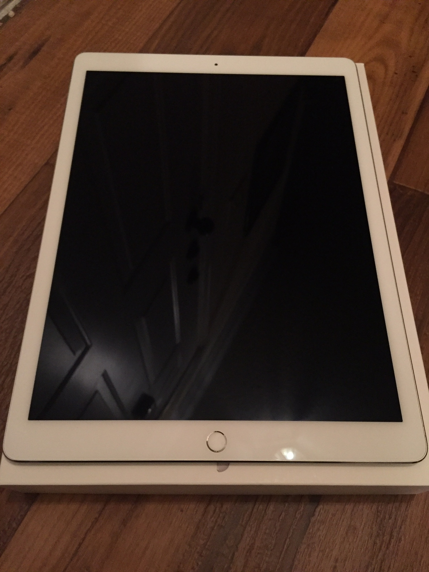 sold reduced ipad pro 12 9 wifi 128gb silver fm forums. Black Bedroom Furniture Sets. Home Design Ideas