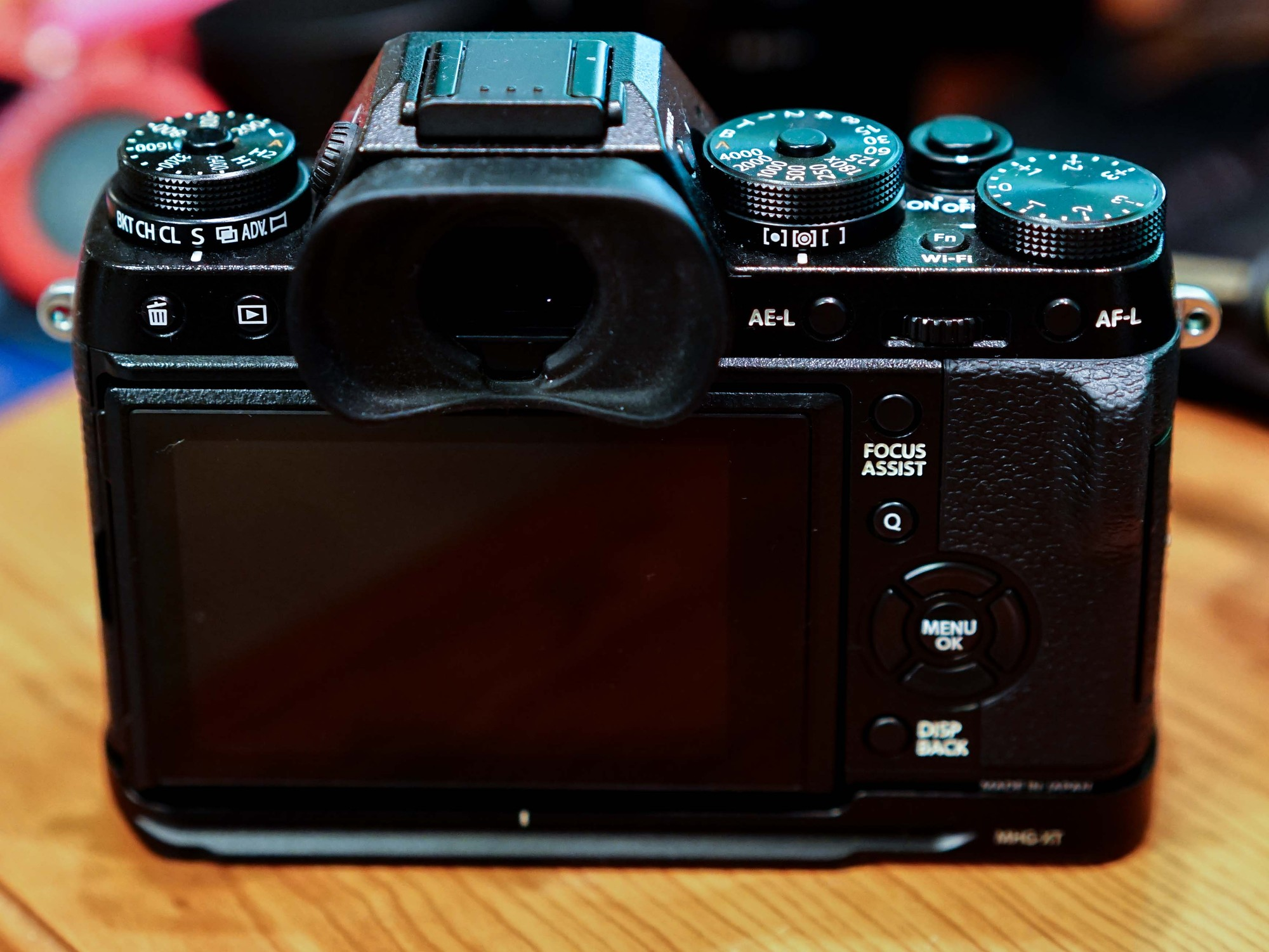 how to get shutter count on fujifilm xm1