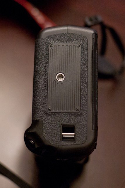 Sold price drop canon 5d mk ii 5d2 body grip fm forums for Canon 5d mark ii price