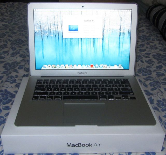 sold macbook air 13 3 core i7 2 0 ghz 8gb ram 512gb ssd applecare until aug 2015 fm forums. Black Bedroom Furniture Sets. Home Design Ideas