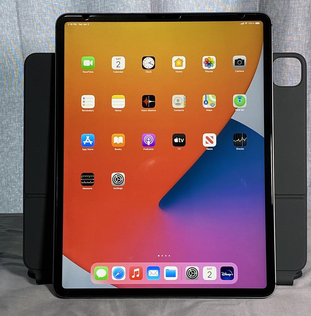 Sold: Lowered...2020 Apple iPad Pro 12.9 512GB with Magic ...