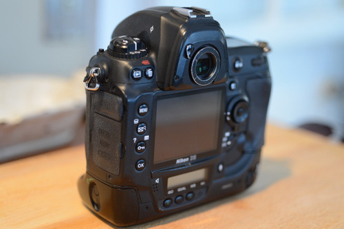 Sold: Nikon D3 with Body Armor & two Batteries - FM Forums