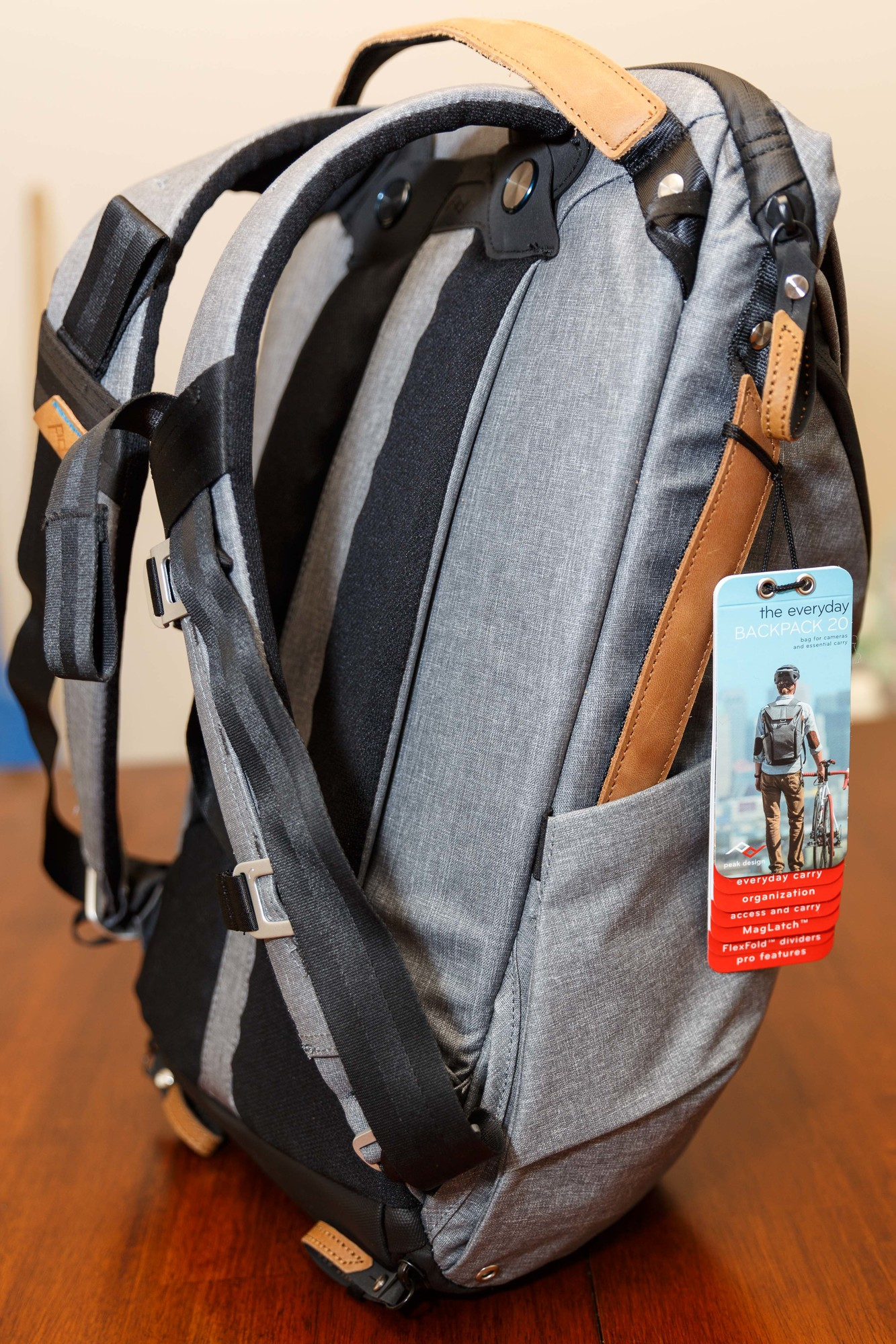Jual Murah Peak Design Everyday Backpack 20l Ash Termurah 2018 Tas Kamera Messenger Charcoal With Field Pouch Abu Sold Slide Jan 19
